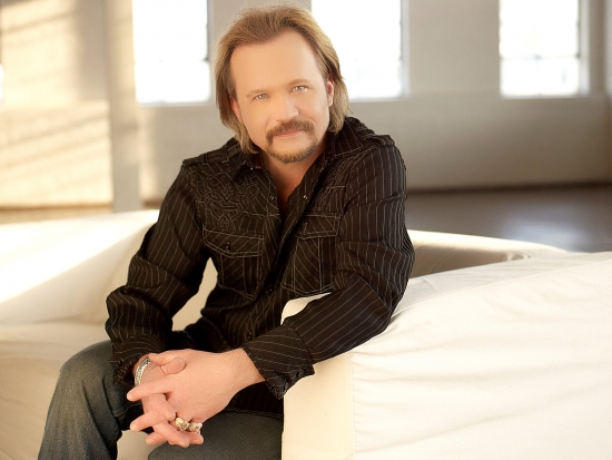 Travis Tritt Discusses Firsthand Paranormal Encounters