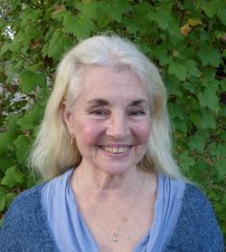 Dr Bonnie Bennett